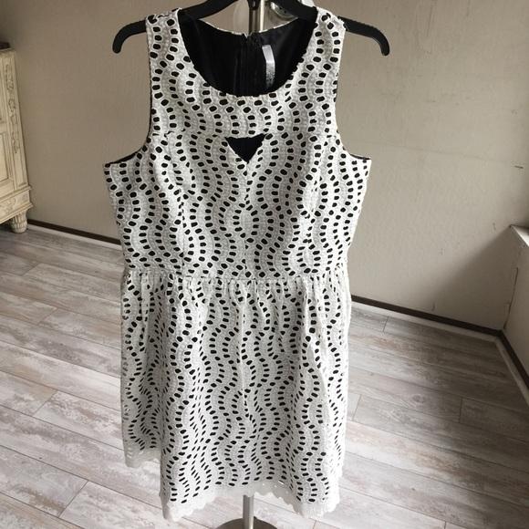 4447ea47fcdc4 Kensie Dresses   Skirts - Kensie Sleeveless White Cotton Eyelet Dress.17312