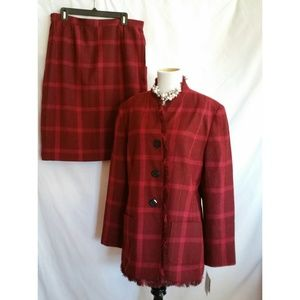 Sag Harbor Size 16 Red Skirt Suit