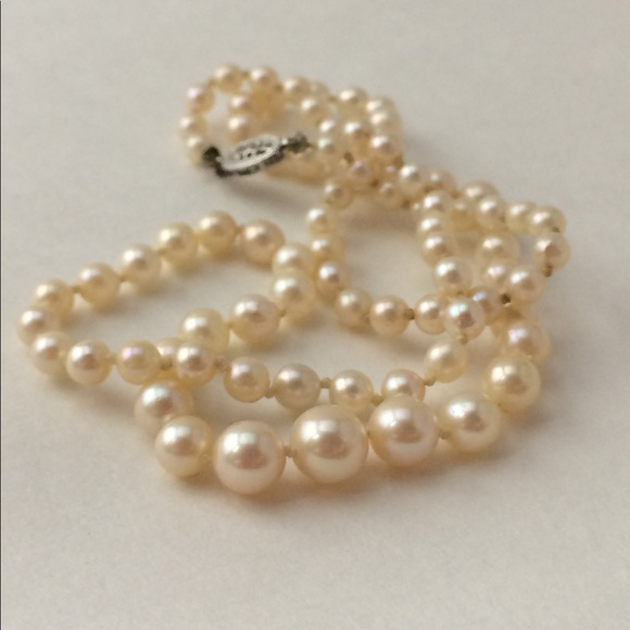 024962beeb566 Vintage Graduated Pearl Necklace - 10k Gold Clasp