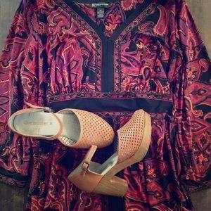 🌸Paisley bell sleeved dress