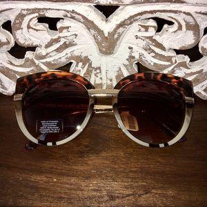 NWT Urban Outfitters Tortoise Cat Eye Sunglasses