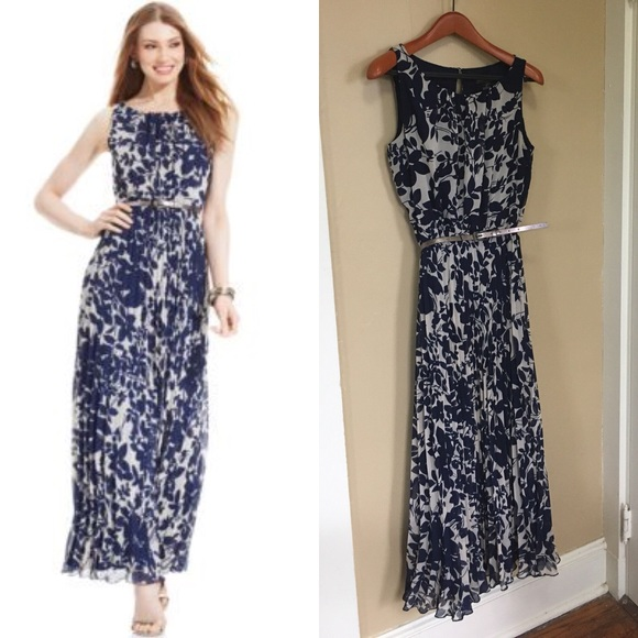 8eabb075bee9 Jessica Howard Dresses & Skirts - Jessica Howard Floral-Print Pleated Maxi  Dress