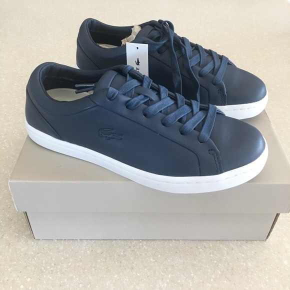 56d94e675968 Lacoste Shoes - Navy blue leather lace up sneakers