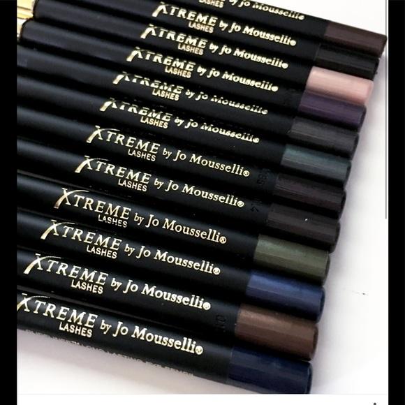 Xtreme Lashes Glideliner w/ Sharper - Xtreme Black NWT