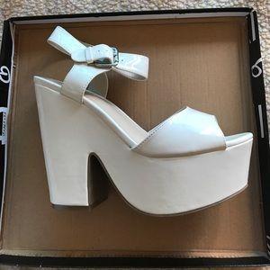 White platform heels. 70s style by Wild Diva