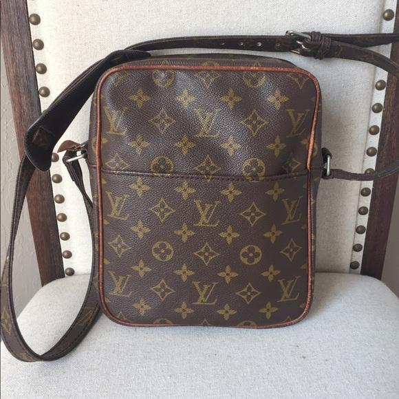 59a641c3e Louis Vuitton Handbags - Authentic Louis Vuitton Petit Marceau