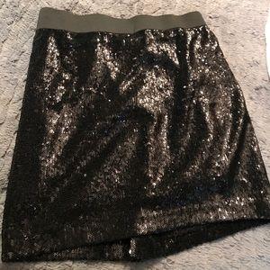 Romeo and Juliet skirt black sequins skirt.