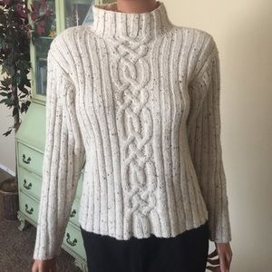 Just design pull over sweater