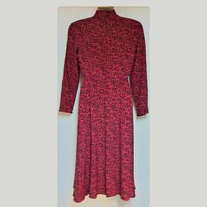 Liz Claiborne Dresses - Classic Liz Claiborne Career Dress Red/Black Sze 4