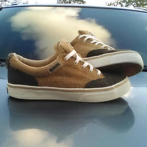 6d70c4c5f6 Slip On Hemp Canvas Skateboard Shoes Hippy iPATH