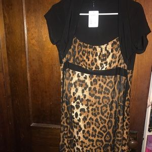 Dresses & Skirts - Leopard with connect Shaw 1x dress