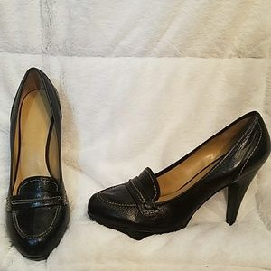 "Black 1"" platform with 4.5"" inch heels"