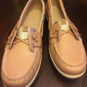 79e34aaafada Sperry Shoes - Sperry Woman Coil Ivy Sparkle Rose shoes Sz 11