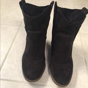 Black Merona ankle booties