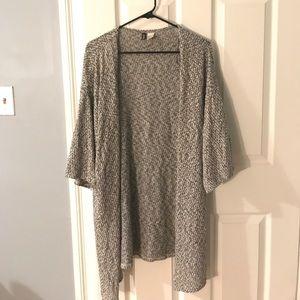 Sweaters - Gray Kimono