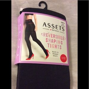 New~ Spanx Revirsible shaping tights size 2