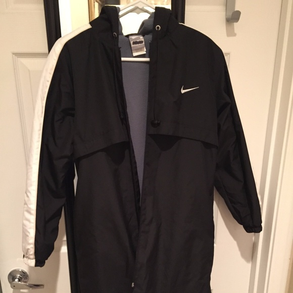 Nike Swim Parka Youth Sizing