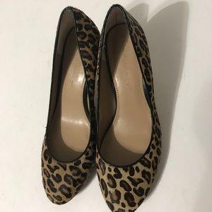Shoes - Banana Republic women's shoes size 9