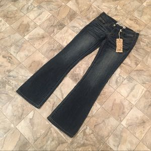 NWT FREESTYLE REVOLUTION flare jeans