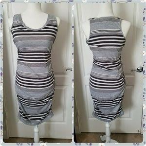CONVERSE ONE🌟STAR size M gray midi dress pencil