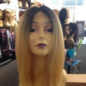 Accessories - Wig Long Ombré Color 1B/613 Wig