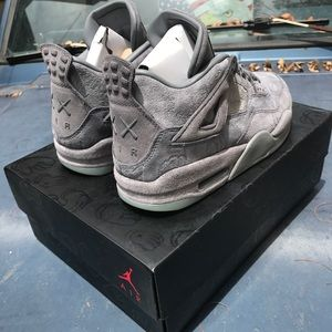433021aef117 Air Jordan Shoes - Jordan 4 kaws size 10 W RECEIPT