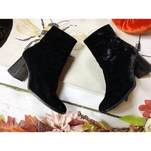 Nine West Velvet Ankle Heel Boots size 7.5