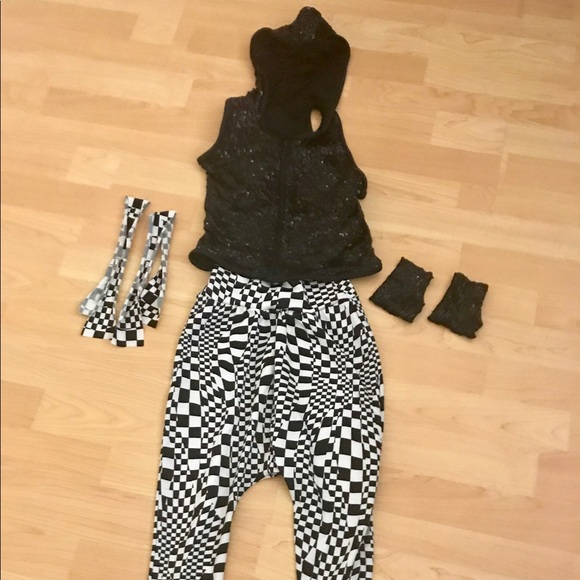 Costumes Girls 80s Hip Hop Costume With Bands And Cuffs Poshmark