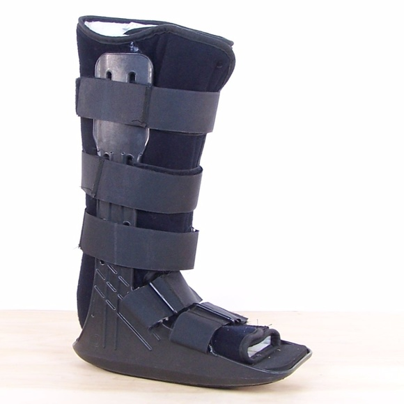 great deals wholesale outlet best sell DonJoy MaxTrax Walker Brace / Walking Boot.