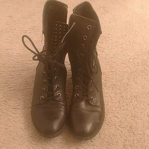 Used ankle boots