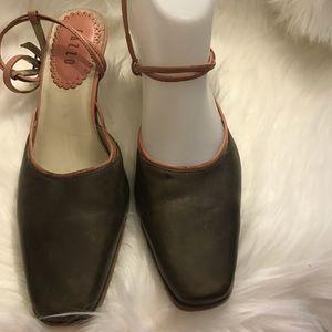 Shoes - Pazzo Women's Comfortable Dress Shoe Size 7.5