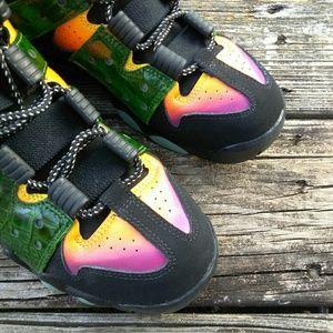 7688901c6e0 Nike Shoes - Nike Air Max Y 6 High Top Sneakers