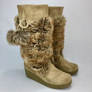 REPORT Tan Suede Wedge Boots with Faux Fur! Size 8