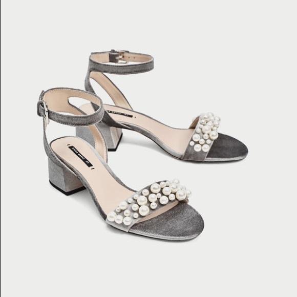 5408b1744680 Zara velvet high heel sandals with pearl appliqué