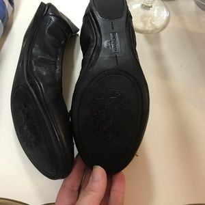 Vince Camuto Shoes - Vince Camuto Leather Flat NWOT