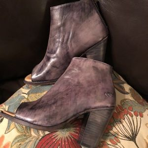 For trade or sale BedStu peep toe sz 9 gray GUC
