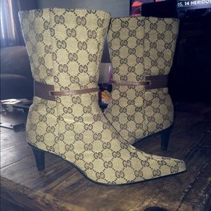Auth Gucci Monogram canvas leather ankle boots 10