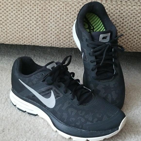 sports shoes 3868a 9c3e2 Nike Pegasus 30 Shoes. M 59df9167522b45b64b0377e7