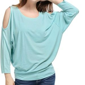 Brand New w/tags SUPER COMFY perfect FALL top!