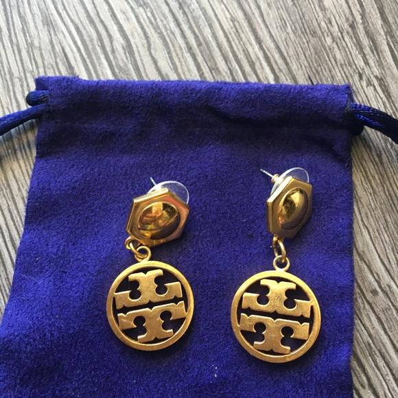 d970f5c34 Tory Burch Gold Drop earrings. M_59df9a124e8d17a318039dae