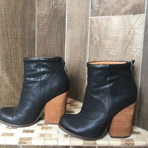 N.Y.L.A. Ankle boots