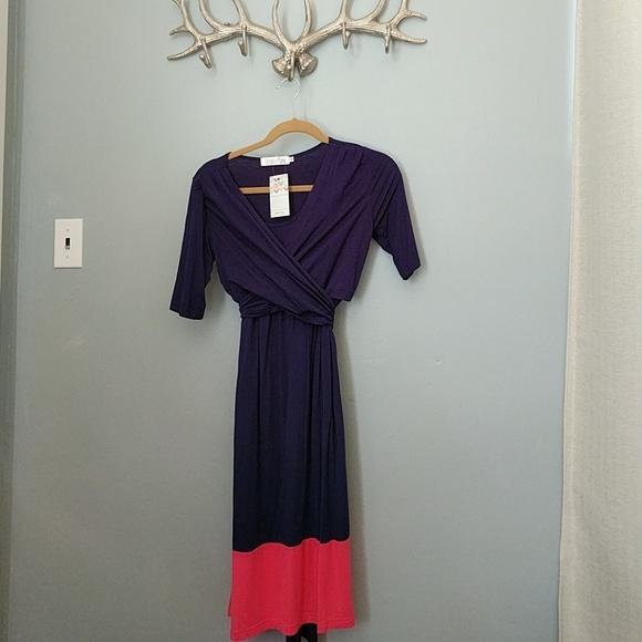 91731a85986f2 latched mama Dresses | Nursing Wrap Dress | Poshmark