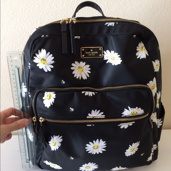 21c3367678cf42 kate spade Handbags - Kate Spade Blake Avenue Daisy Large Hilo Backpack!