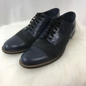 Stacy Adams blue leather and suede oxfords