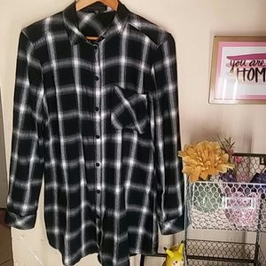 Black and white plaid sanctuary flannel soft dress