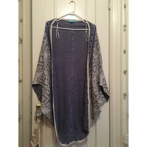 Francesca's Gray and Blue Cocoon Cardigan