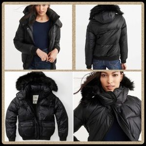 A&F puffer jacket removable fur