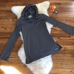 Columbia PFG Omni-wick hooded shirt
