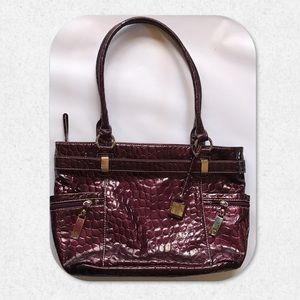 New Directions Purple Snakeskin Print Handbag
