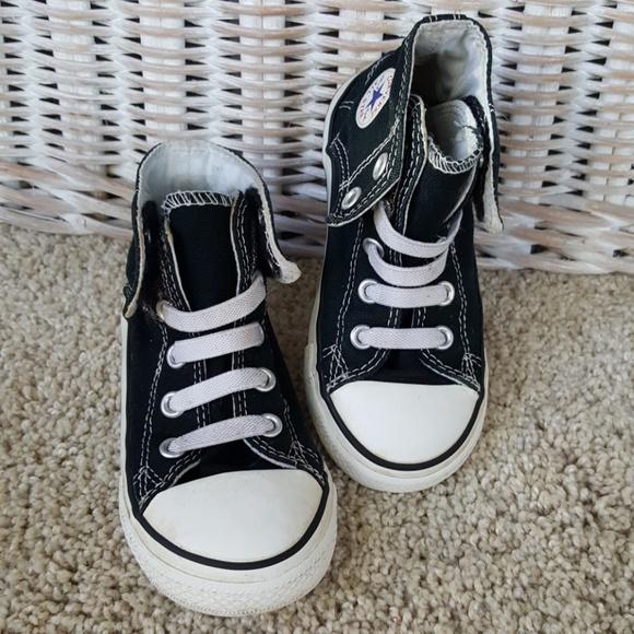 e60dd7ed914b Converse Other - Converse Little Boys Velcro Close Sneaker Size 9